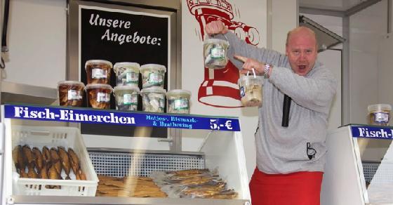 Eching Hamburger Fischmarkt Auf Tour Am Wochenende Bei Mobel Biller