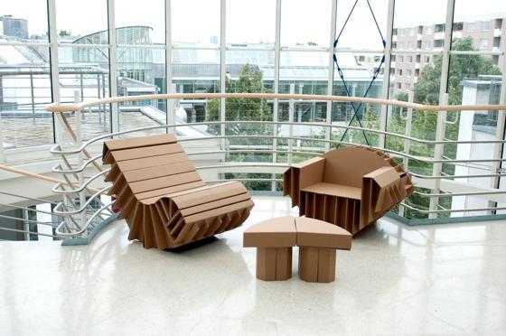 München · Pappe als Möbel - KinderUni: Vorlesung und Workshop