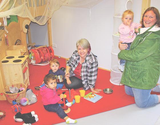 Kinderkrippe für gehörlose Kinder und Kinder gehörloser