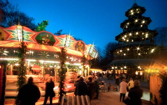 Weihnachtsmarkt Am Chinesischen Turm.Schwabing Romantischer Christkindlmarkt Anspruchsvolles Programm