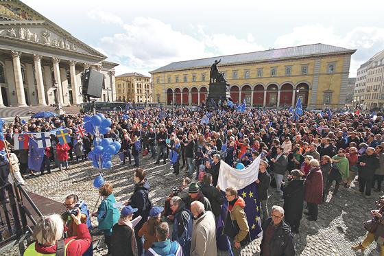 Luxemburg unterschrieb leeren EU-Vertrag