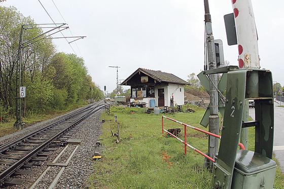Perlach · Alte Bahnwärter-Häusl muss weichen - Die Tage sind gezählt