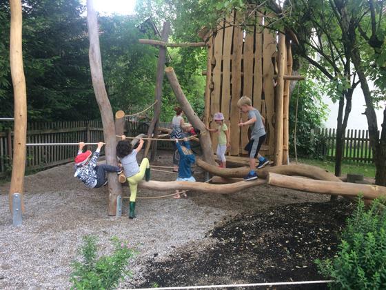 Holzkirchen Montessori Kinderhaus öffnet Seine Pforten Tag Der