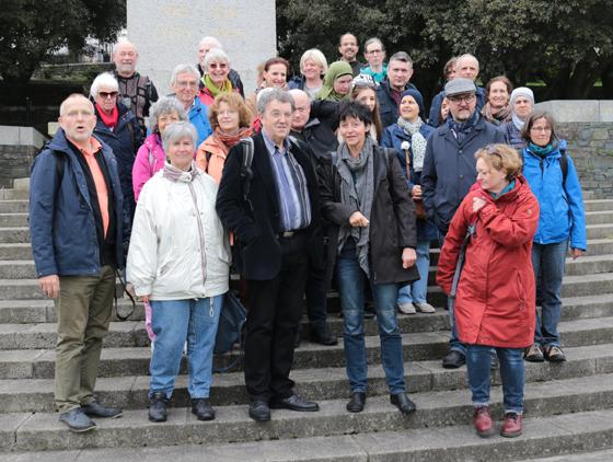 Gruppenfoto im Irish National War Memorial Park in Dublin. Foto: Privat